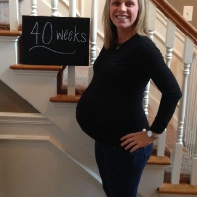 "Hollie's 40 Week ""Bumpdate"""